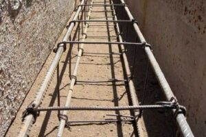 Использование вязальной проволоки для стяжки арматуры